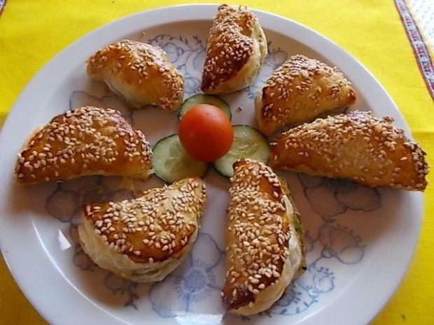Pierogi z francuskiego i szparagów