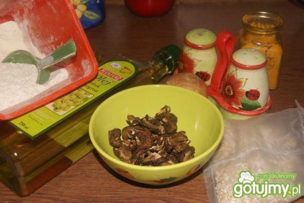 Pierogi z kaszą i grzybami