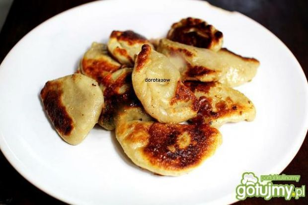 Pierogi z ziemniakami na ostro