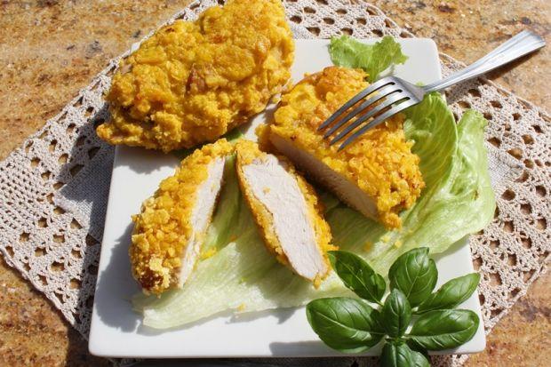 Pierś kurczaka pieczona w płatkach kukurydzianych