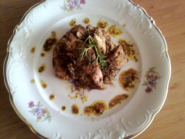 Pierś kurczaka w sosie ziołowo-koperkowym