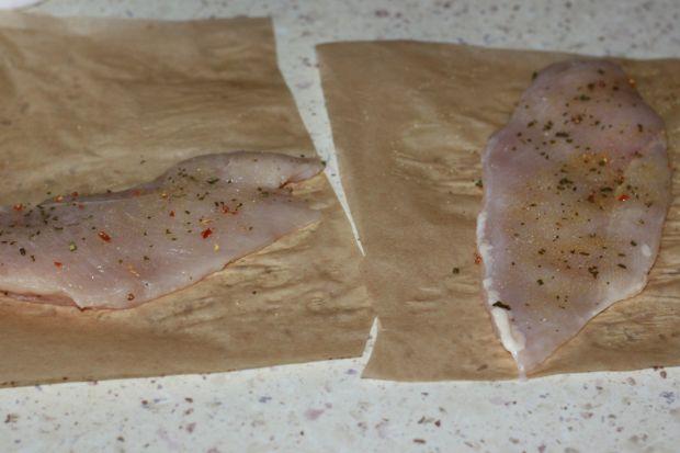 Pierś smażona w papierze do pieczenia