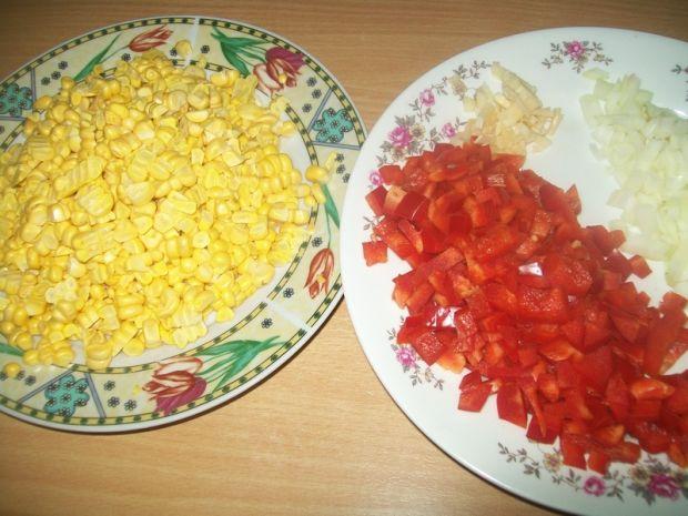 Pierś z indyka z kukurydzą