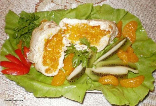 Pierś z kurczaka nadziewana mandarynkami
