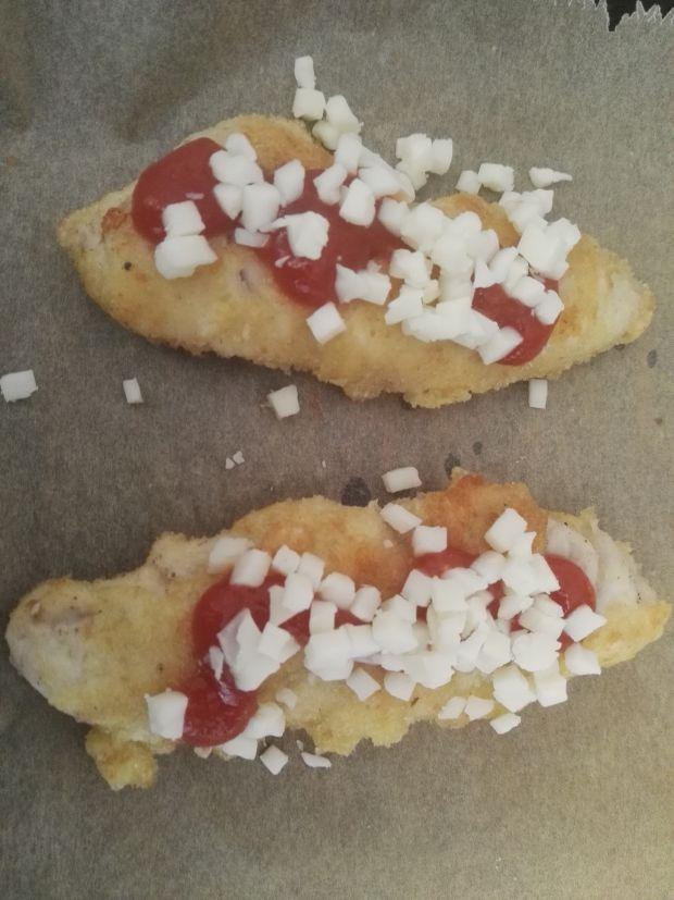 Pierś z kurczaka z ketchupem i serem