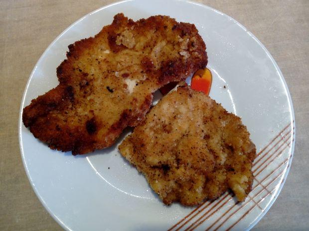 Piersi z kurczaka grillowane z serem i pomidorem