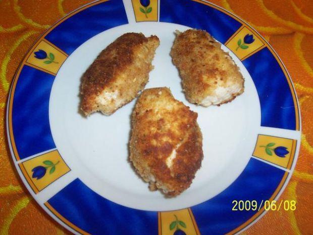 Piersi z kurczaka nadziewane orzeszkami