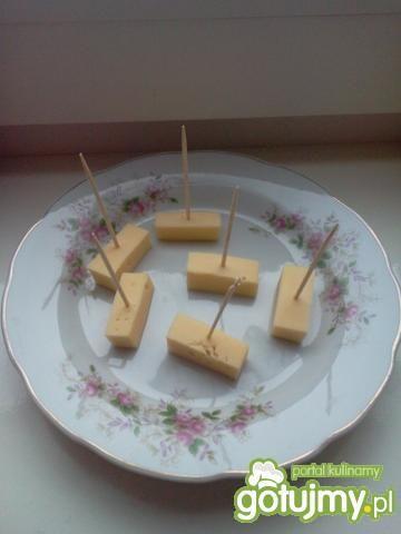 Piętrowe śniadanko pieprzowe
