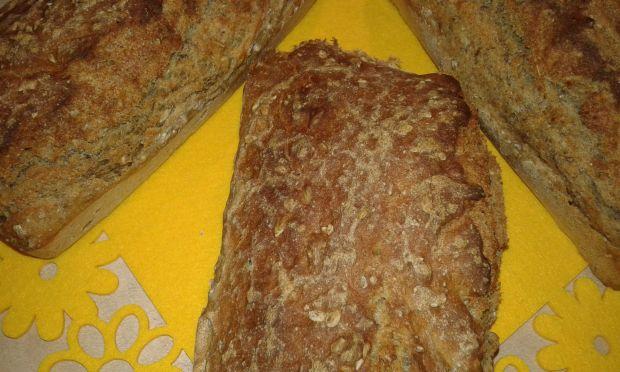 Piwny domowy chlebek z chia