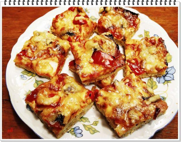 Pizza Eli na ziołowo czosnkowym cieście