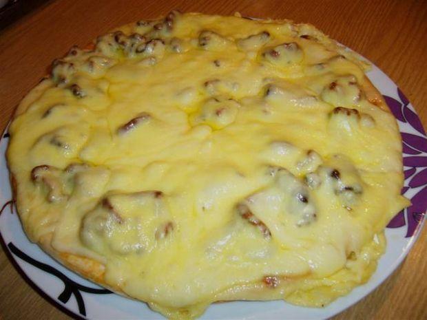 Pizza mocno grzybowa z kurkami