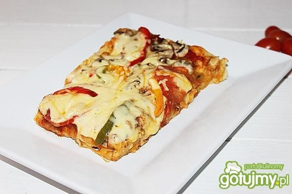 Pizza na grubym spodzie