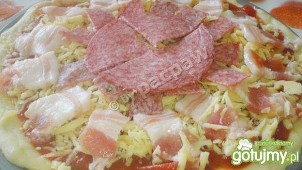 Pizza piętrowa