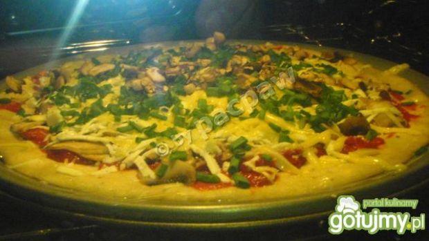 Pizza serowa – wyciskacz łez