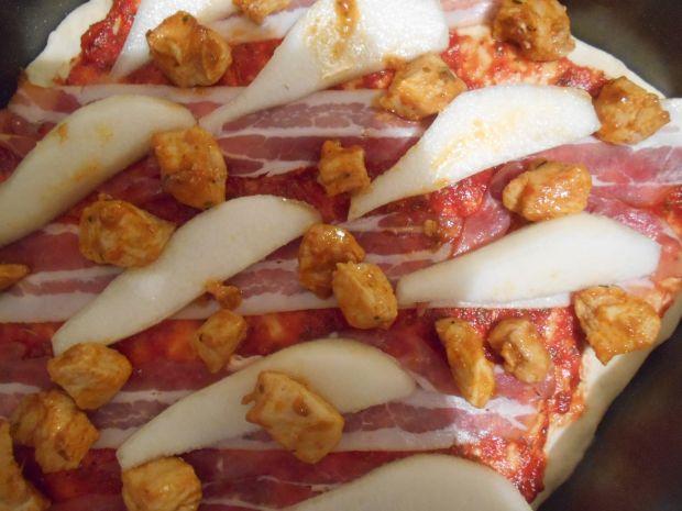 Pizza trzy w jednym