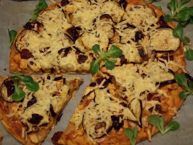 Pizza z bakłażanem