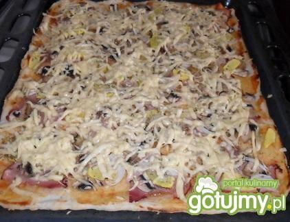 Pizza z cukinią