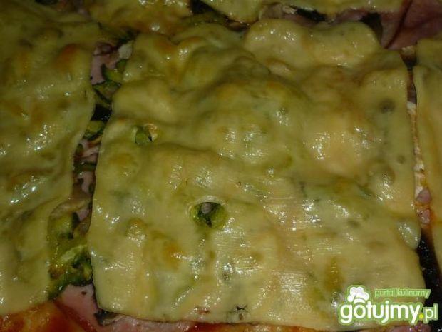 Pizza z cukinią 2