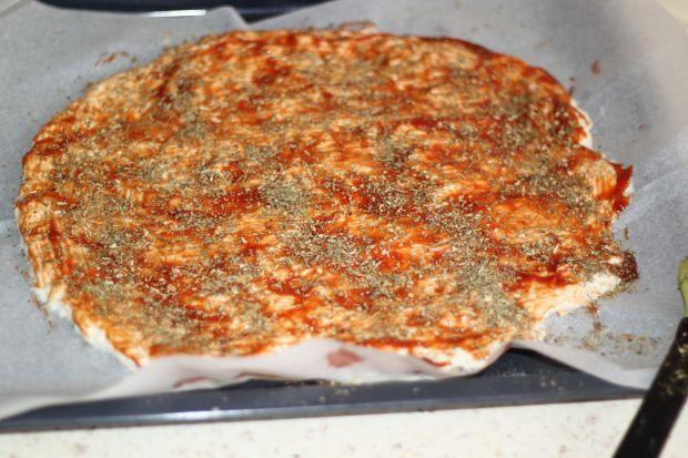 Pizza z grzybami leśnymi
