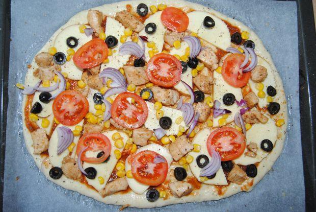 Pizza z oscypkiem