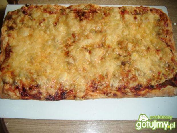 Pizza z pieczarkami 5