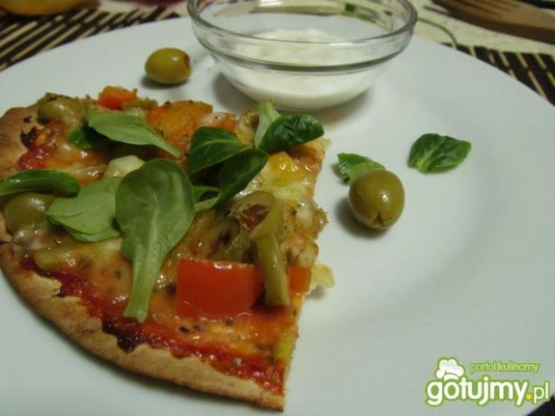 Pizza z tortilli 5