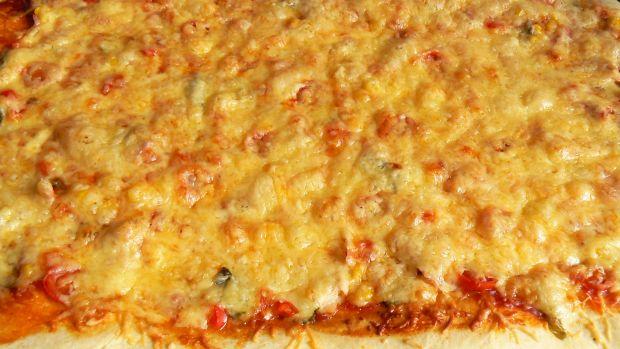 Pizza z wędzonym kurczakiem