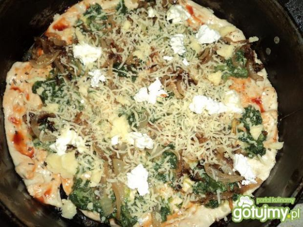 Pizza ze szpinakiem Ali