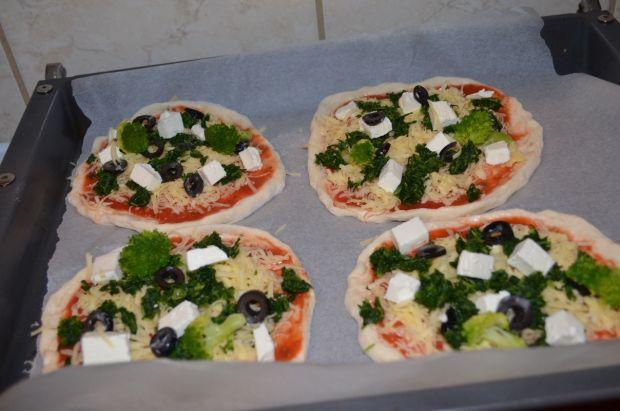 Pizzerinki ze szpinakiem