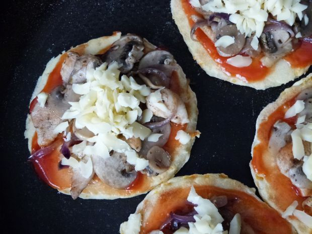 Pizzerki z tartą marchewką