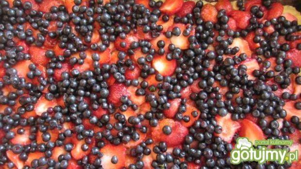 Placek kruchy jagodowo-truskawkowy
