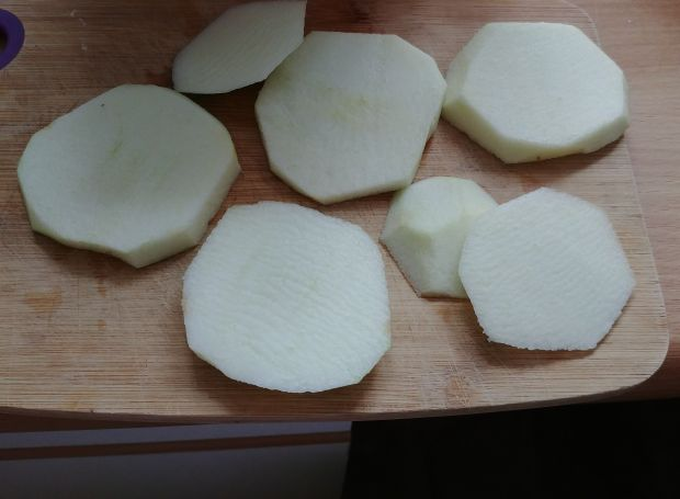 Placki jabłkowe w orkiszowym cieście naleśniowym