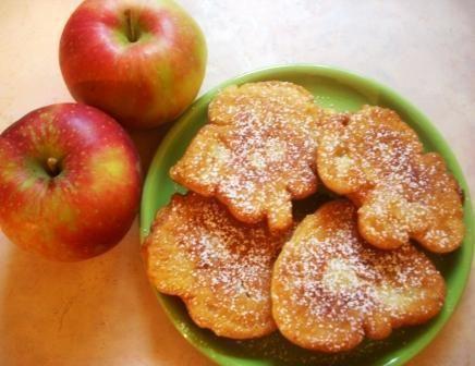 Placki smażone z jabłkami