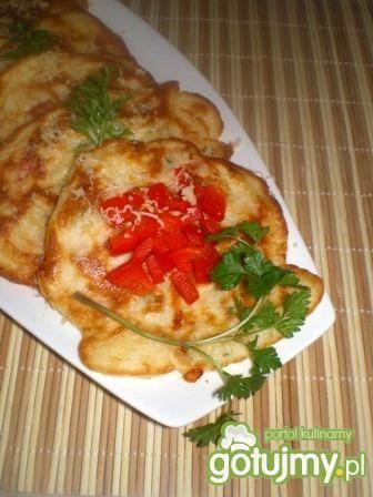Placki z papryką, szynką i serem