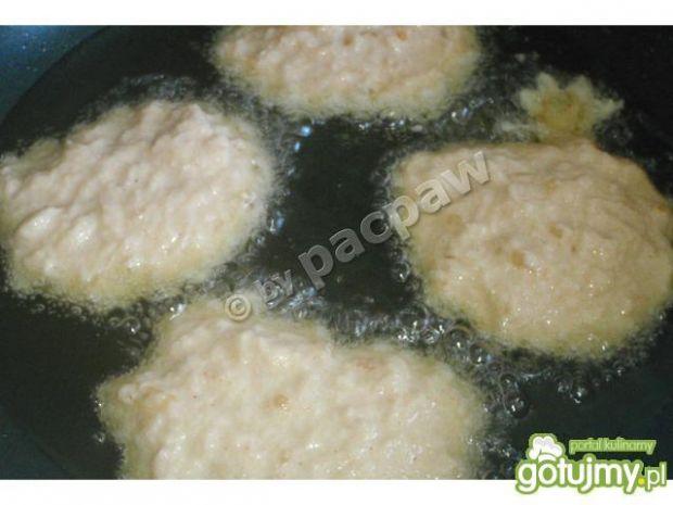 Placki ziemniaczane z serem camembert