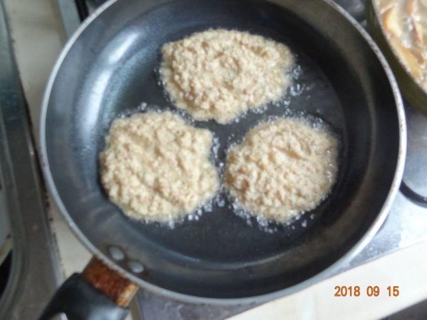 Placki ziemniaczano-jabłkowe z sosem grzybowym