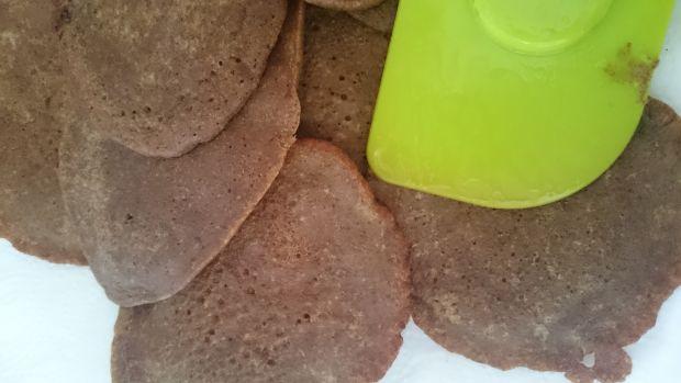 Placki/naleśniki żołędziowe z miodem i cynamonem