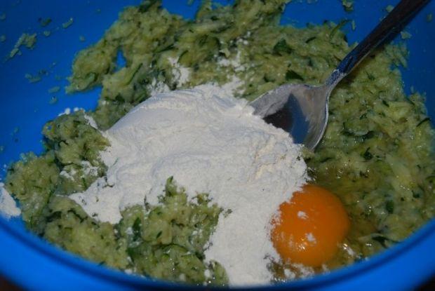 Placuszki cukiniowo - ziemniaczane