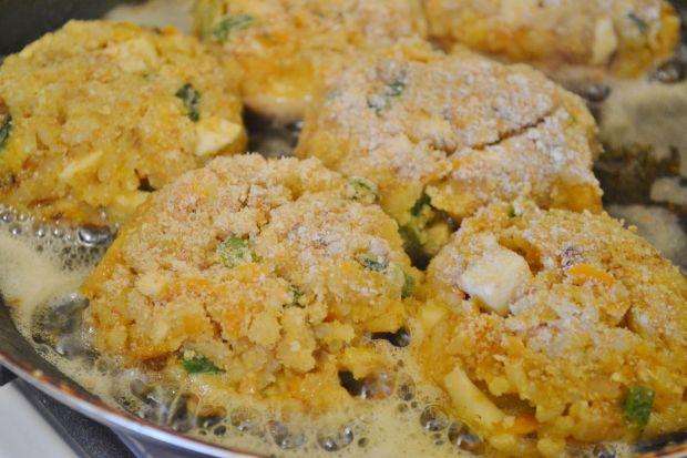 Placuszki ryżowo- marchewkowe