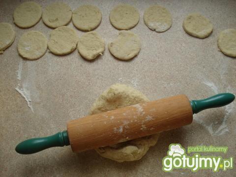 placuszki z gotowanymi ziemniakami