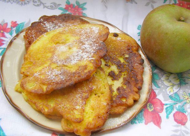 Placuszki z kurkumą i jabłkiem