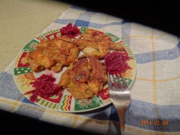 Placuszki z makaronu i kurczaka z parmezanem