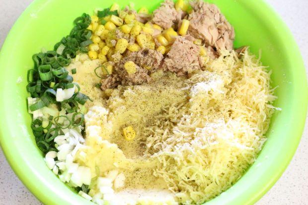 Placuszki ziemniaczane z tuńczykiem i kukurydzą