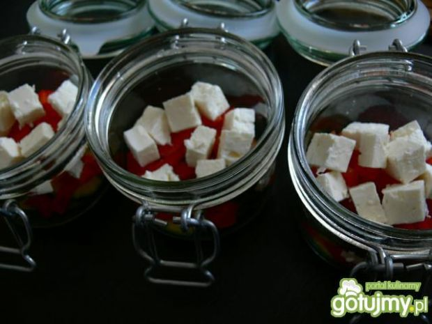 Podpłomykowa sałatka owocowa