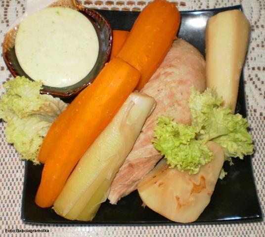 Polędwica wieprzowa gotowana z warzywami