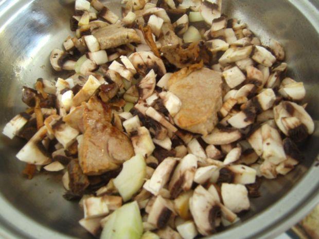 Polędwiczki w sosie grzybowym