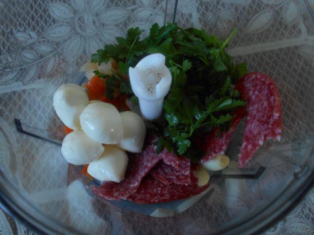 Polędwiczki z mozzarellą i salami