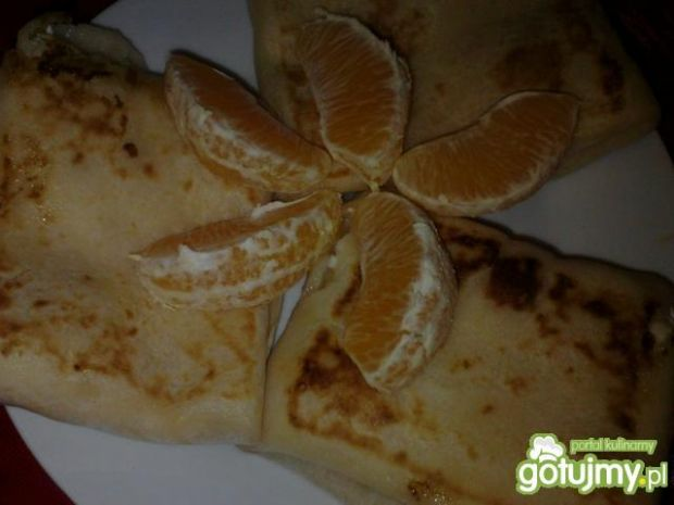 Pomarańczowe naleśniki z serem