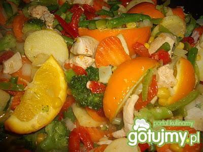 Pomarańczowy kurczak z warzywami