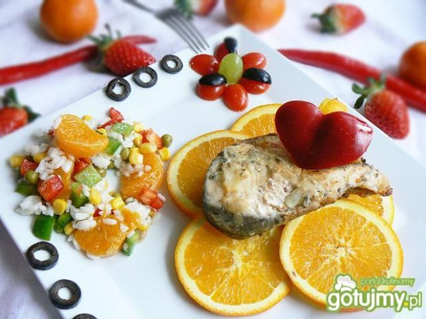 Pomarańczowy łosoś z sałatką 2